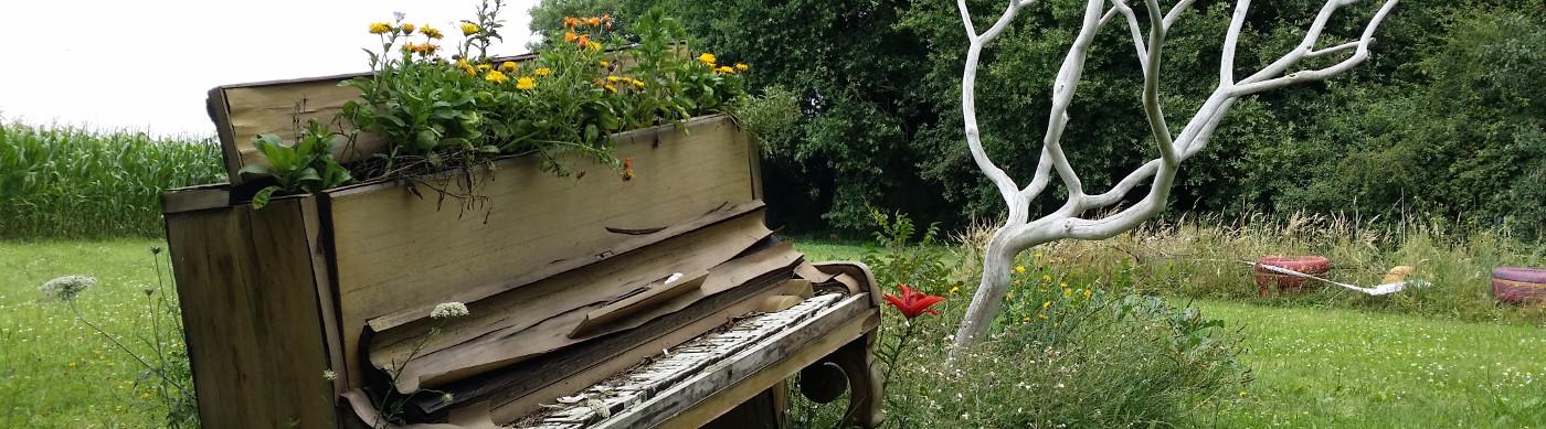 image piano.jpg (0.2MB)